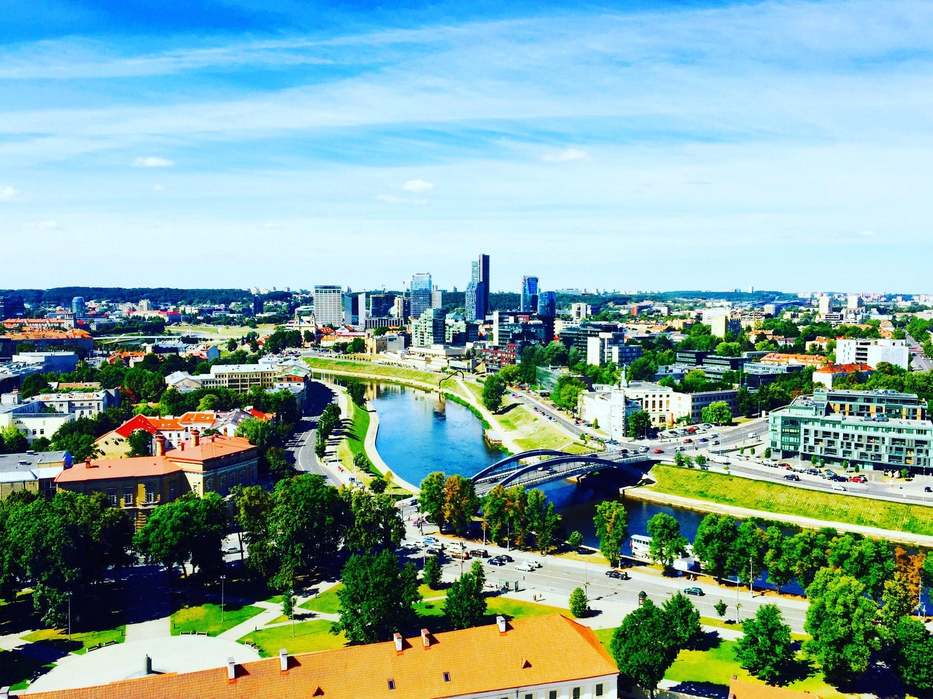 юридические услуги иностранцам в Литве